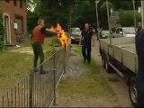 Il jette des cocktails molotov sur les agents  (Haelen, Pays-Bas)