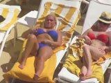 Bikini-Clad Billie Faiers Shows Off Her Curves in Las Vegas