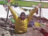 Amputé des deux jambes, il escalade le Kilimandjaro