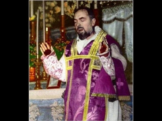 Jean Paul II et Padre Pio X eme anniversaire de sa canonisation Radio Notre Dame