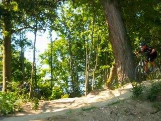 Genas ( 69740) VTT au parc du château de Veynes