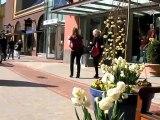 Liz Hurley : Opening Elisabeth Hurley Beach Boutique in Ingolstadt Village
