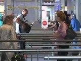 Des passeports biométriques à l'aéroport de Marseille