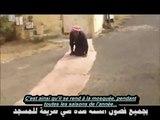 Soub7an Allah : handicapé depuis 77 ans il va à la mosquée en rampant