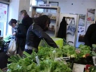 """Documentaire """"Court-Circuit"""" - Association dionysienne pour le Maintien d'un Agriculture Paysanne"""