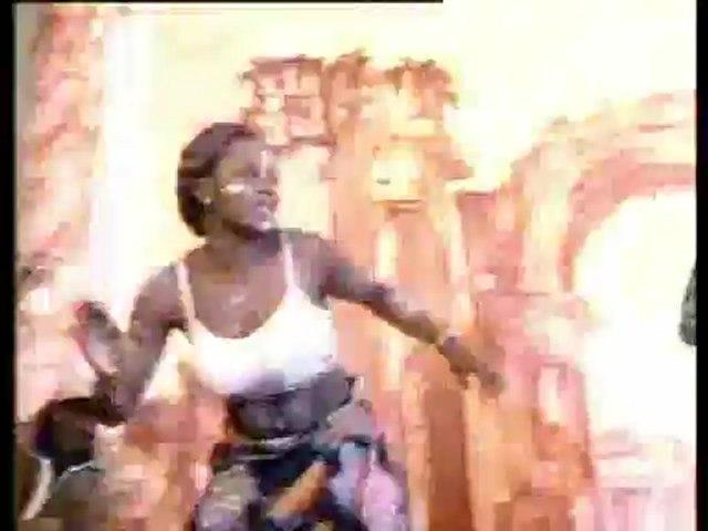 La Reine La Princesse La Tigresse -  Mapouka Sere - Partie 1