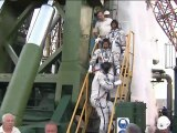 [ISS] Crew Arrive at Launch Pad & Ingress Soyuz TMA-05M