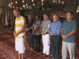 Adnan Oktar: Büyük Üstad Masonlar Sultan Ahmet Camii'nde namaz kıldılar