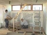 Chantier de l'Observatoire 15 - Pose de l'escalier, travaux de peinture, fin du bardage