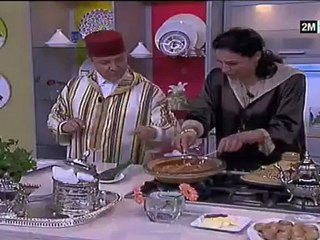Choumicha Khalid Bouazzaoui - Brochettes de mouton en Tajine à la Marocaine