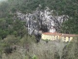 La cueva de la Virgen de Covadonga, Asturias