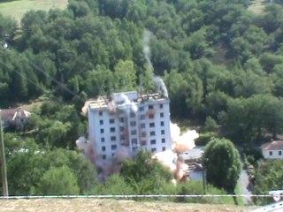 demolition tour hlm de combettes decazeville