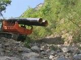 Installation de la conduite forcée - Centrale hydro de Saint-Julien-Montdenis