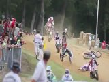 Extrême crash motos-cross