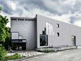 Aston Martin Vanquish Photography Studio making of