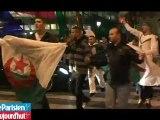 Les Champs-Elysées fêtent la qualification de l'Algérie