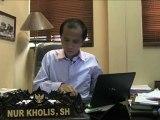 """Indonésie: des lignes électriques contre les """"surfeurs de train"""""""