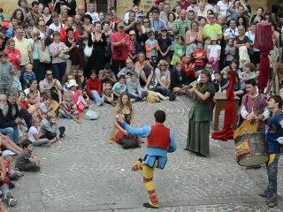 Les Médiévales de Gourdon 2012 - La Cie Entr'Act : Jongleries