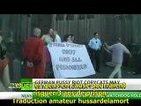 RT. Les « pussy riot » allemands arrêtés à Cologne  S/T