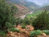 le Moyen Atlas Maroc | الأطلس المتوسط  | Trekking au Maroc | Les laces du Moyen Atlas a Cheval | Massif Bou Iblane | Source Oum Rabiaa | Daït Aaoua