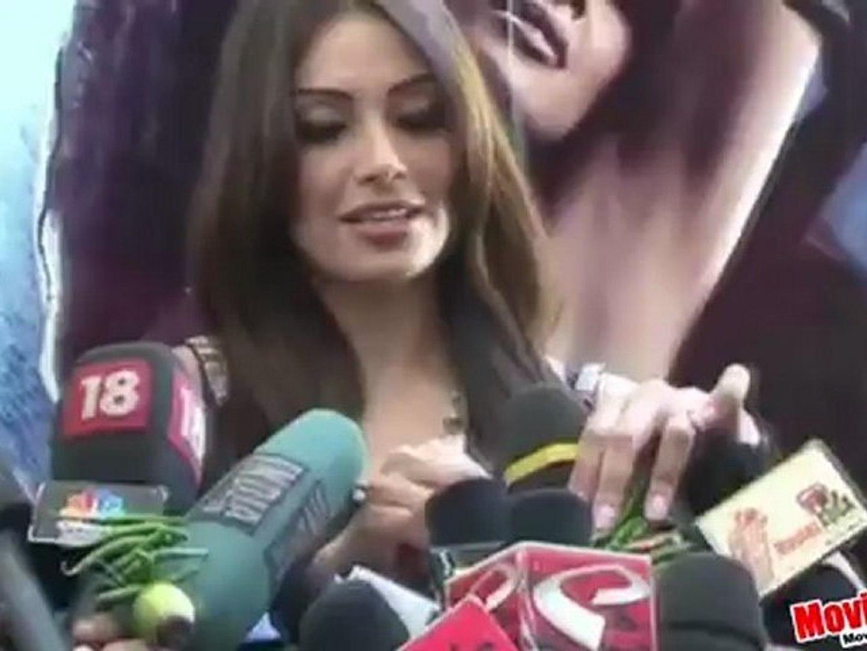 Bipasha Ties Nimbu-Mirchi To Media Mics
