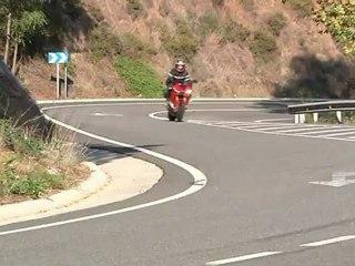 Conducción de motocicletas: Trazado de curvas en moto 3ª parte
