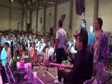 demo mariage gitan de GINO & DELISIA  famille Mounin Aout 2012