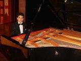 Bana Herşey Seni Hatırlatıyor Hatıralar Sarmış Dört Bir Yanımı Piyano-Akor-eşlik-Nota: Güneş Yakartepe Enstrümantal Müzik Videosu izle klip dinle indir mp3 Ana Sayfa Yeni Popüler piyanist Repertuar Yetenek Videoları Pianist Çocuk yetenek ,küçük yetenekler