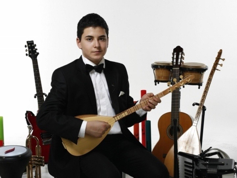 14 YASTIGI KUŞ TÜYÜNDEN Solo Piyanist Nota Akor Eşlik Aldı SİİRT YÖRESİ Güney Doğu Anadolu Türküsü E