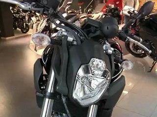Conducción de motocicletas: Nakeds