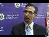 Es la noche de César: Entrevista en la embajada de EE.UU. con Estevan Rael-Gálvez - 19-11-09
