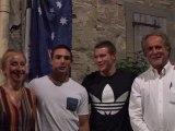 Eamon Hillen reçoit le Trophée Robert Albert avant son départ pour l'Australie.
