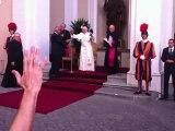 Audience privée de Benoit XVI pèlerinage des servants d'autel à Rome 2012 2/2