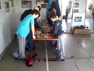 Junior Chessboxing.3GP