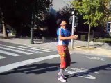 Jongleurs de rue, avenue Franklin Roosevelt