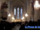 La Basilique Notre-Dame de Gray illuminée par Les Petits Chanteurs à la Croix de Bois