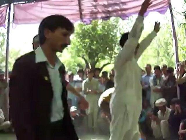 Chitrali dance 5