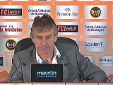 Conférence de presse FC Lorient - Olympique Lyonnais : Christian  GOURCUFF (FCL) - Rémi GARDE (OL) - saison 2012/2013