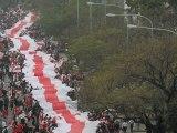 Record mondial : la plus longue banderole du monde !