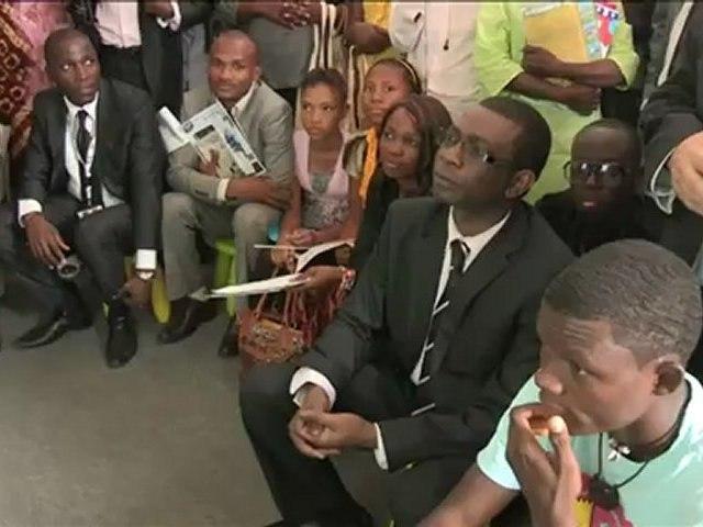 Youssou N'Dour encourage l'évolution de la pédagogie numérique