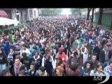 Scuola, studenti lanciano carote contro il Miur di Torino. Ricordato anche Vito Scafidi, morto in un crollo nel 2008