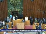 Hollande proclame à Dakar la fin de la Françafrique