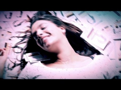 Charlotte Gabris - Comment passer de star à la réalité ?
