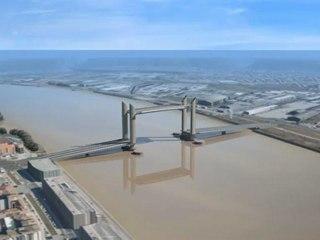 Mise en place de la travée centrale du pont Bacalan-Bastide