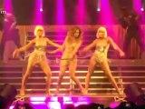 Jennifer Lopez mostrou boa forma em show na Holanda