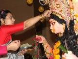 Kajol Celebrates Sindoor Puja At Durga Puja Pandal - Bollywood Babes [HD]