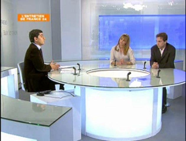 """""""Deux policiers se confessent """"  Desforges Pichon France 24 (6/04/ 2007)"""
