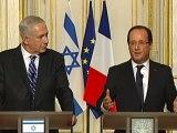 """Hollande : """"La place des juifs de France est en France"""""""