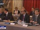 Reportages : Compétitivité : les patrons du CAC 40 lancent un appel à François Hollande