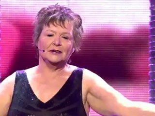 "Arlette Bara chante ""La vie en rose"" - Demi-finale"
